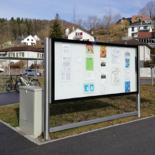 Leuchtkasten mit LED Hinterleuchtung für Gemeinden und den öffentlichen Verkehr