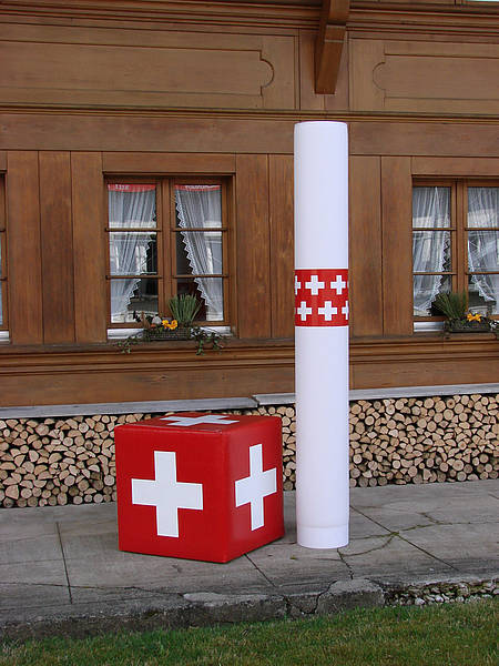 LED Leuchtsäule Swiss, Leuchtsäule, mobile LED Werbesäule für Messe- oder Infostand