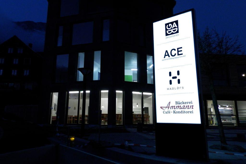 LED Pylon in Amden für ABG Architetkur GMBH beim Löwen in Amden