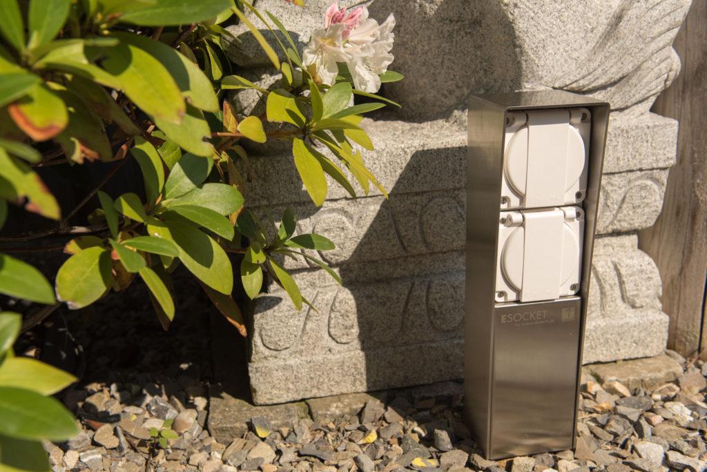 Steckdosensockel Edelstahl (INOX) mit 3 x T13 Feller Steckdose IP55 Gartensteckdose, Aussensteckdose, outlet socket, ESOCKET, Steckdosensäule, socles de prises, socket pedestals, sockets column, prises colonne,