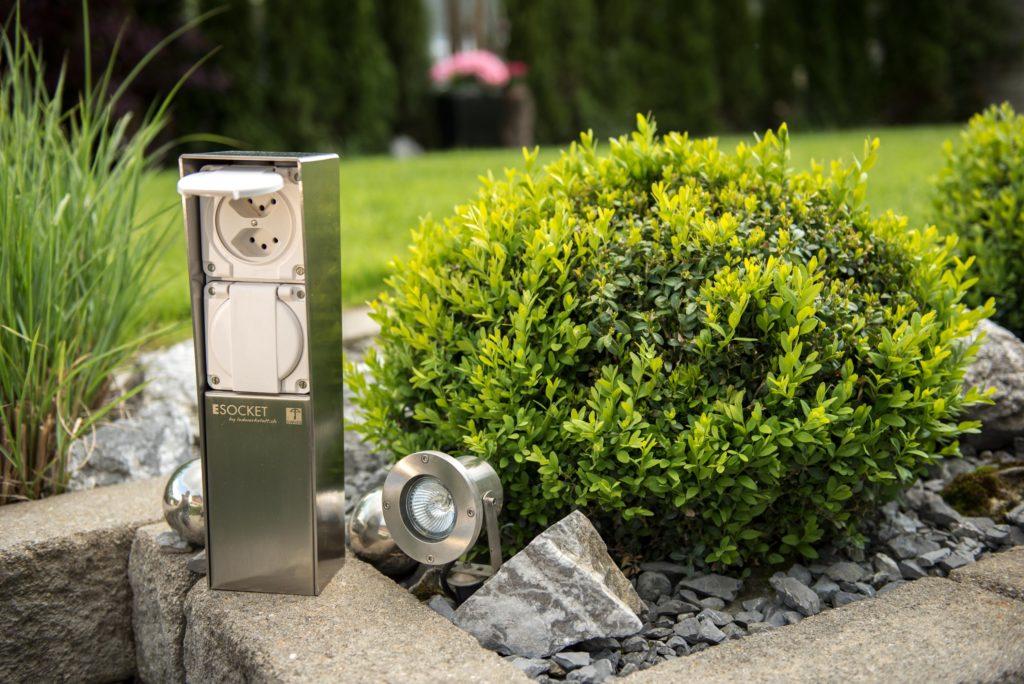 Gartensteckdose, Steckdosensockel für Ihren Garten, Aussensteckdose aus Edelstahl, ESOCKET 350, Steckdosensäule, socles de prises, socket pedestals, sockets column, prises colonne,