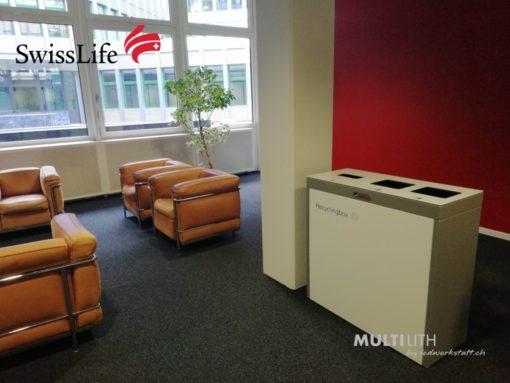 Recyclingstation bei Swisslife, Wertstoffbehälter, Abfalltrenner, PET, Kehricht, Alu, 110 Liter, Comodo, Recyclingbox, 110l, PET, Public Waste Bins, poubelle recyclage