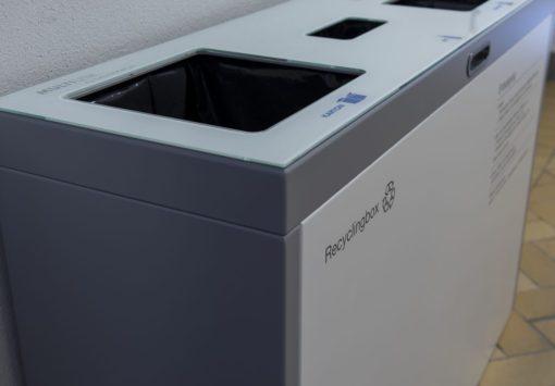 recycling supplies, Abfallbehälter, PET, Alu, Papier, Recyclingstation, Wertstoffbehälter, Büro, Office, Innen, Drinnen, Recycling, Box, Bin, Schweiz