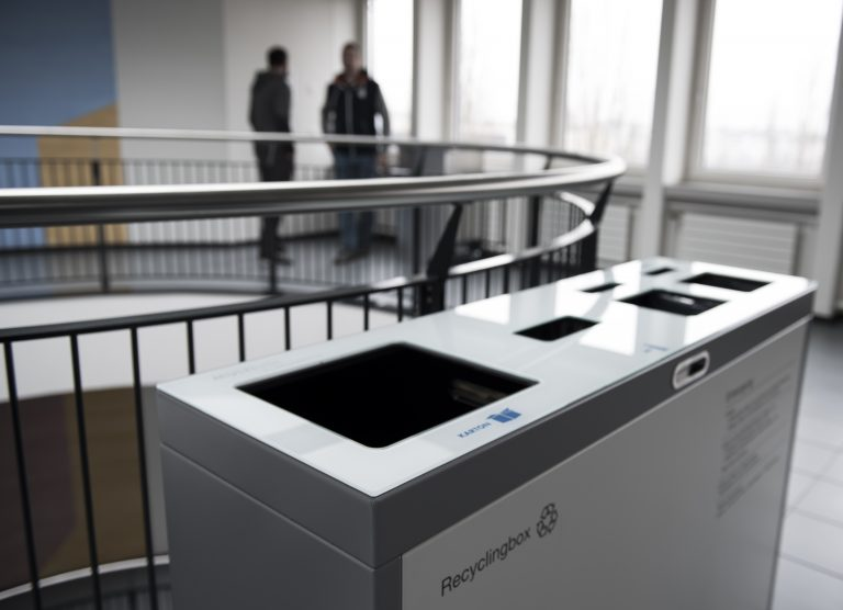 Recyclingstation, 110lt , Recycling Station Innen, Recyclingstationen Büro, Recycling Stationen Edelstahl, Recyclingbehälter Drinnen, Recyclings Box PET, Abfallbehälter, Wertstoffbehälter, 110 Liter, Swissmade, Suva, Luzern, Schweiz
