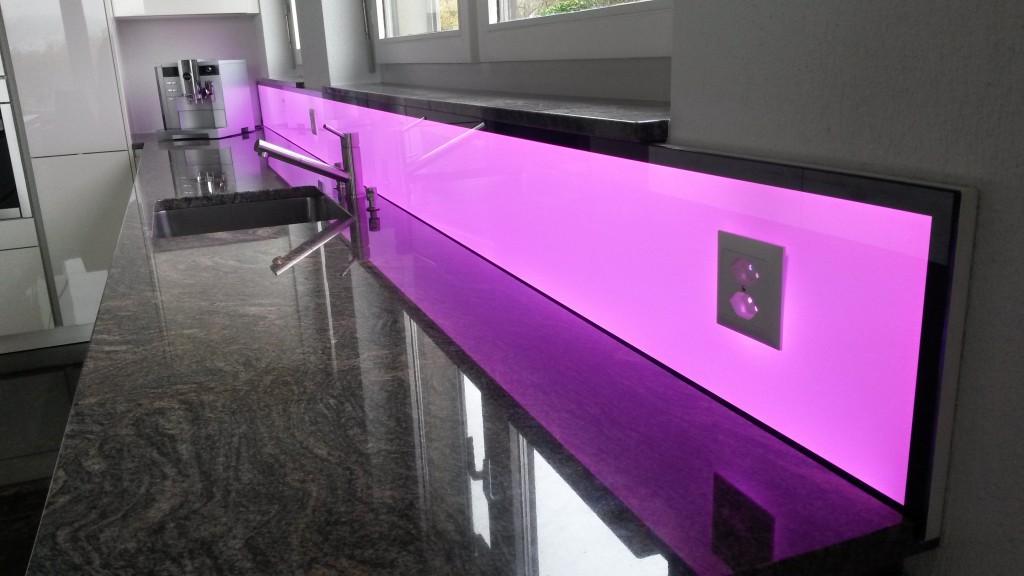 LED Küchenpannel RGB W, light wall, beleuchtete Küchenrückwand, kitchen splashback led