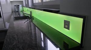LED RGB Küchenpannel, light wall, beleuchtete Küchenrückwand,