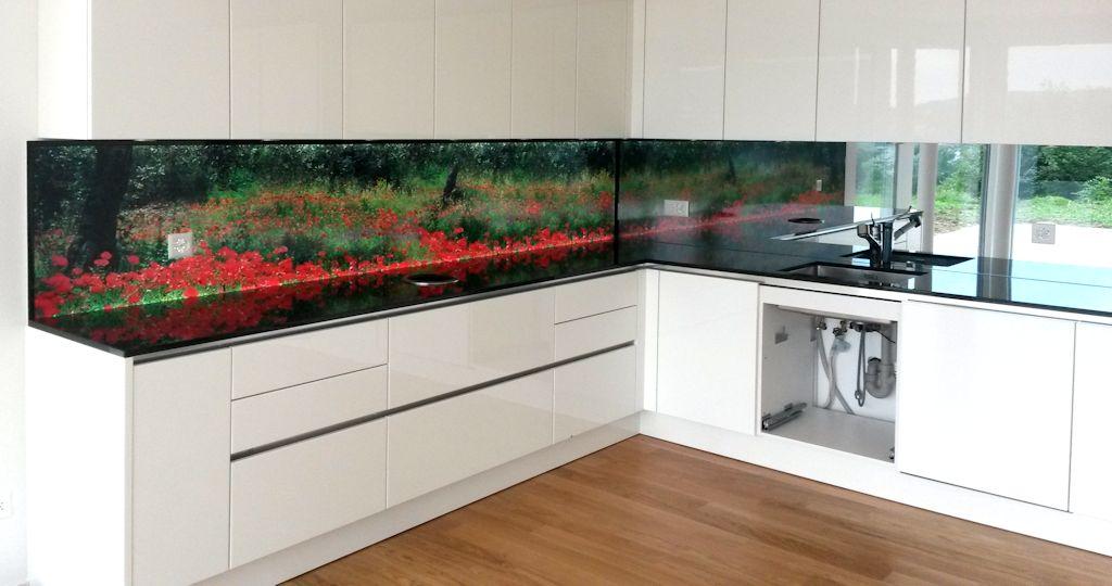 Beleuchtete Küchenrückwand Moonfeld, Rückwand mit LED Beleuchtung, LED Bilderrahmen aus Echtglas ESG