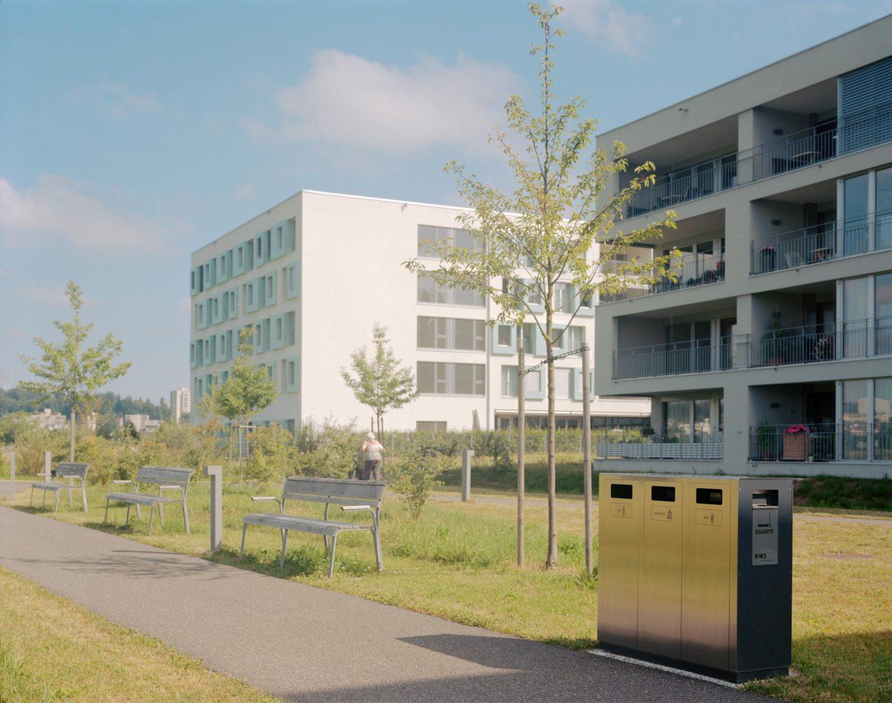Recyclingstation W3 in Emmenfeld, Betagtencenter, Abfalltrenner, Wertstoffbehälter, Abfallbehälter Waste Bin, PET, Müll, Alu