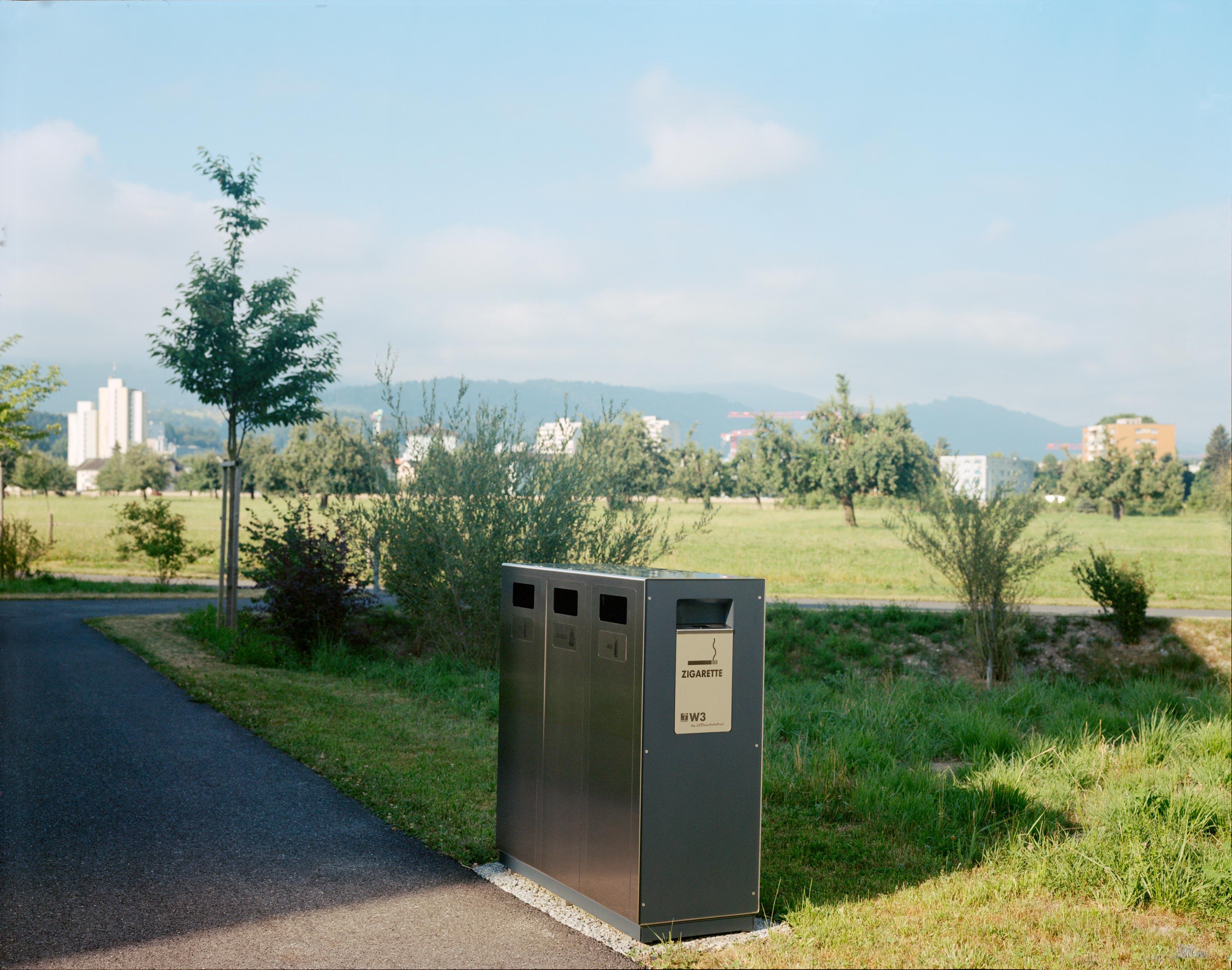 W3 Recyclingstation im Betagrtenzenter Emmenfeld, Abfallbehälter, PET, Abfall, Alu, Ascher