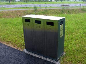 W3 Wertstoffbehälter, Abfallbehälter, Recycling Station, Schweiz, Stadtmobiliar, Public Waste bins, Poubell recyclage, landscape furniture