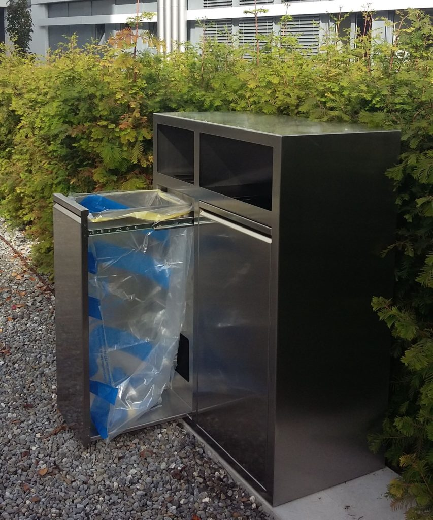 K2, Recyclingstation, Wertstoffbehälter K2, Wertstofftrenner, Abfallbehälter, 110 Liter, PET, Abfall, Recycling Station, Public Waste bin, Poubelle Recyclage, Edelstahl, Inox