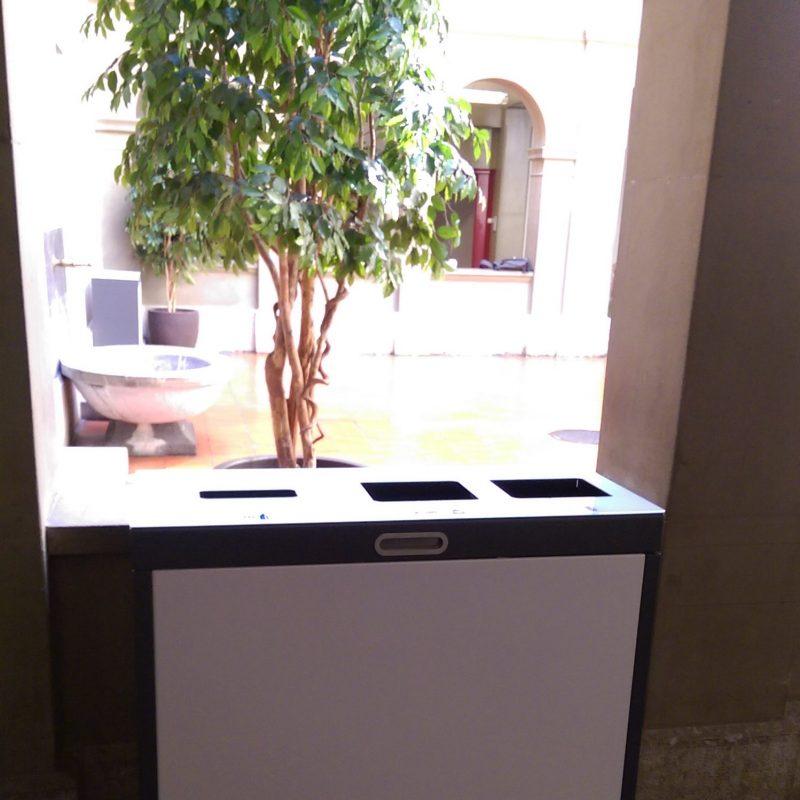 BSD Bern, Wertstofftrennung, Wertstoffbehälter, Recyclingstation, Office, Büro, Müll, Box, Recycling, Bins, Entsorgungsstation, Abfalltrennung, PET, Abfall, Alu