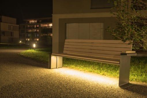LED Parkbank Parker Due, Schweizer Bank, Sitzbank, Unesco Biosphäre Entlebuch, public furniture, Raum Mobiliar, Stadt Mobiliar