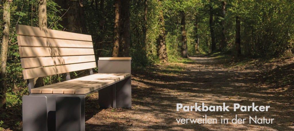 Parkbank Parker im Wald