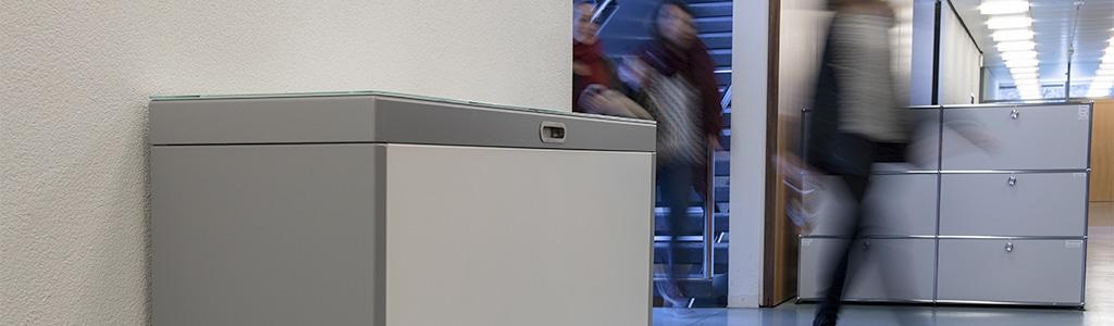 Multilith Recyclingstation, Moderne Wertstoffbehälter mit 110 Liter für den Innenraum, Büro, Flur